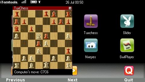 TuxChess : est-ce que ça se voit que je ne sais pas du tout y jouer?